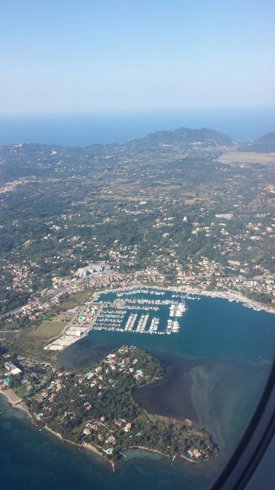Die Marina von oben