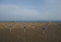 Die Armada der Sonnenschirmständer